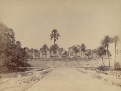 General view of the uncompleted tomb of Islam Shah (commonly known as Salim Shah), Sasaram. 1003483